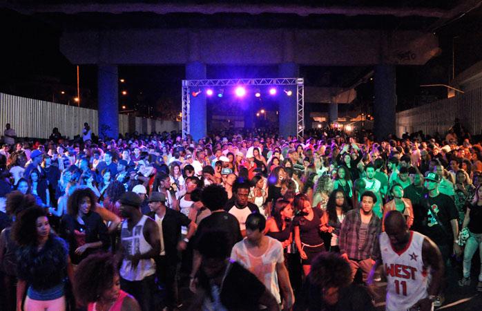 hip-hop-soul-rb-são-as-estrelas-do-baile-charme-de-madureira