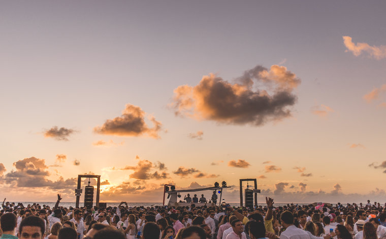 10 festas de Réveillon no Brasil para celebrar o Ano Novo com estilo