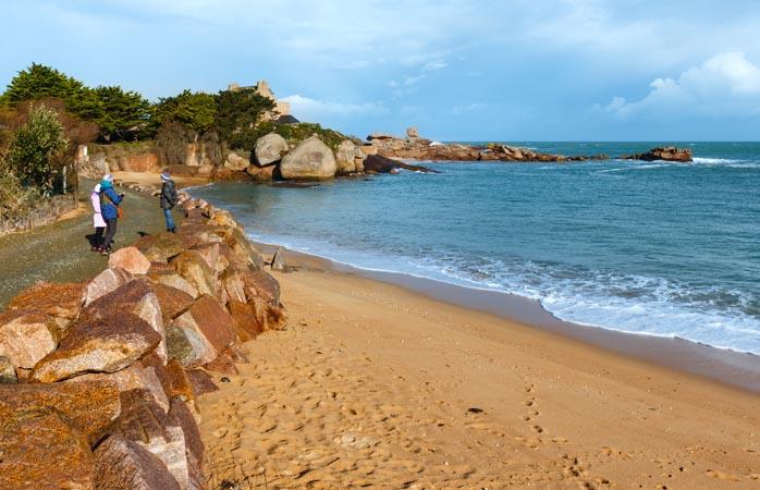 Praias, acampamentos, clubes e boa comida - do que mais você precisa?